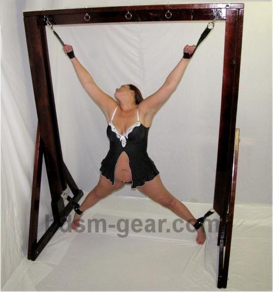 Bdsm full body restraint table