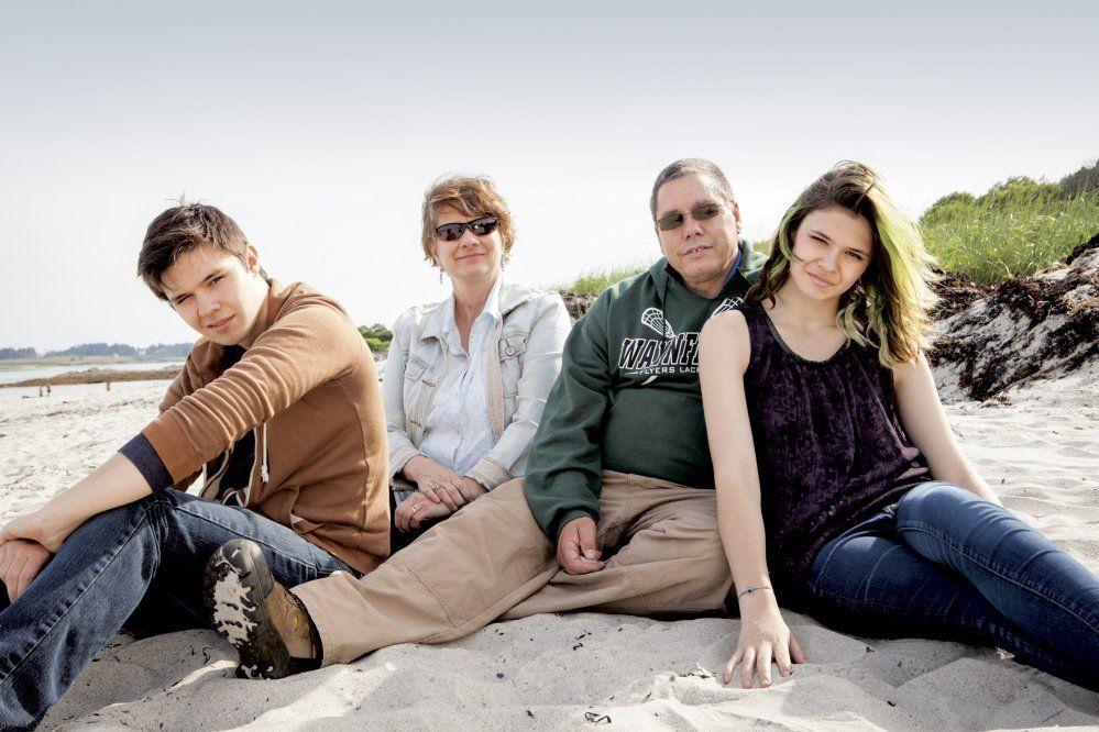 Kickback reccomend Family transsexual photo