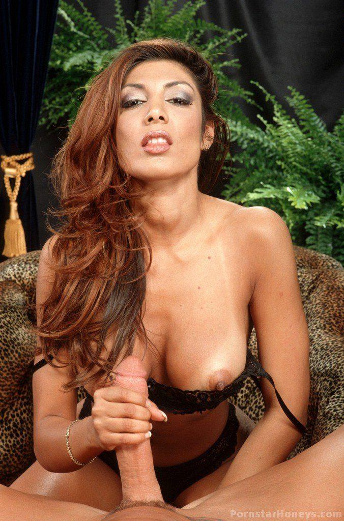 Mexican women giving oral sex