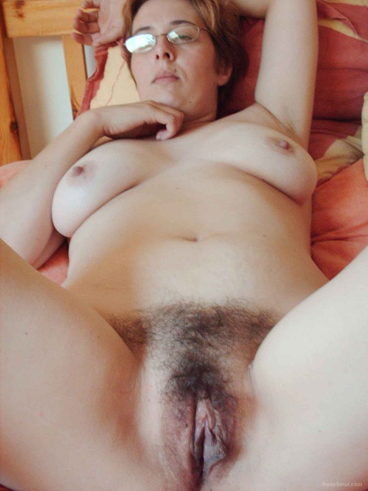 Wife nude snap