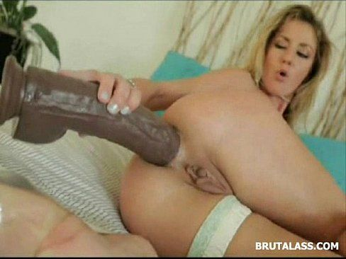 Woman getting neked video