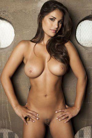Babe latina naked