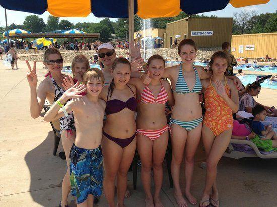 Underdog reccomend Bikini flash at water park