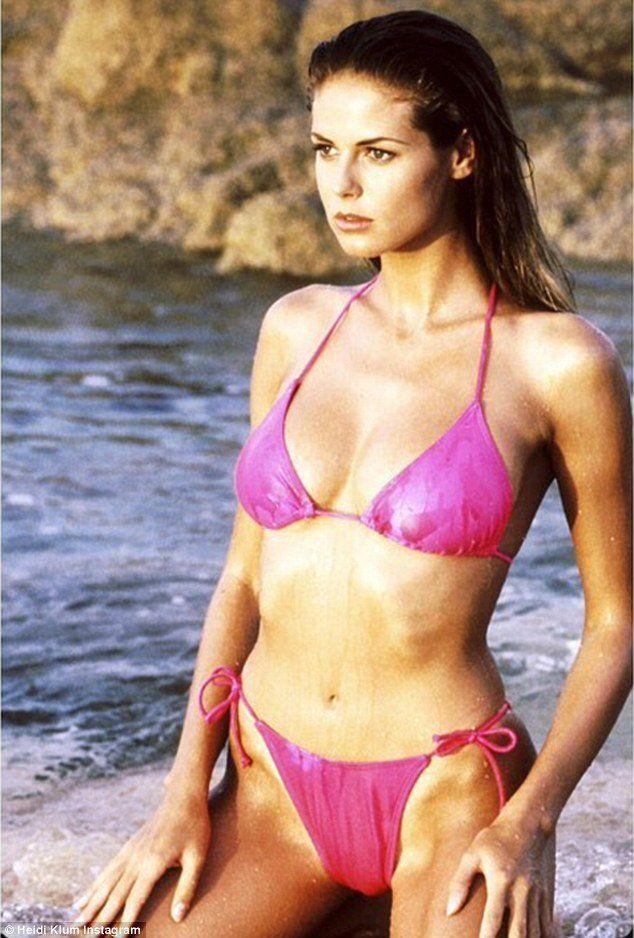 bikini gallery Brunett