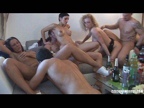 Jung und frei nude