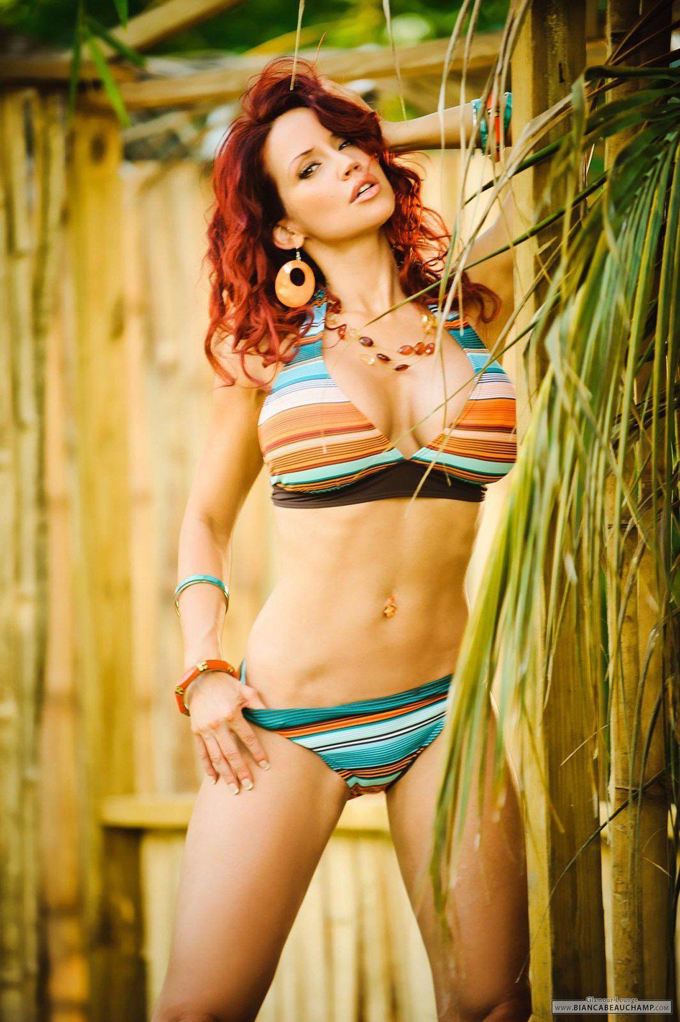 Ref reccomend Rate leggy bikini redhead
