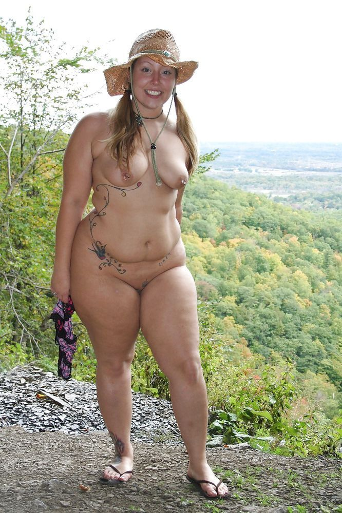 Plump naked wife