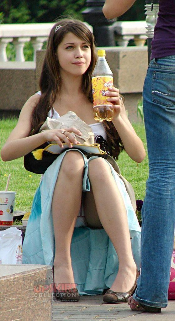London reccomend Kristen stewart shorts upskirt panty bikini swimsuit legs