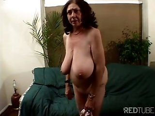 Old granny fuck tube