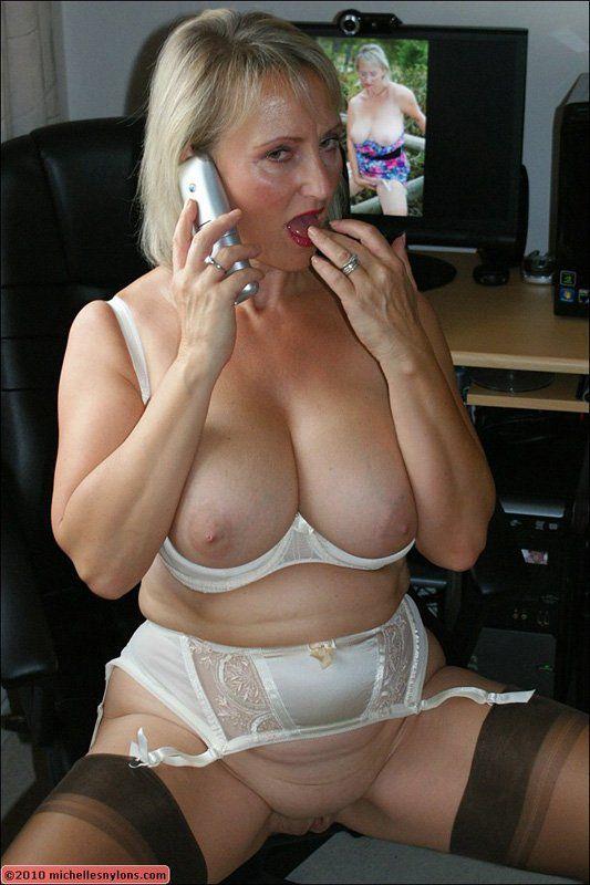 Granny pulsing orgasm