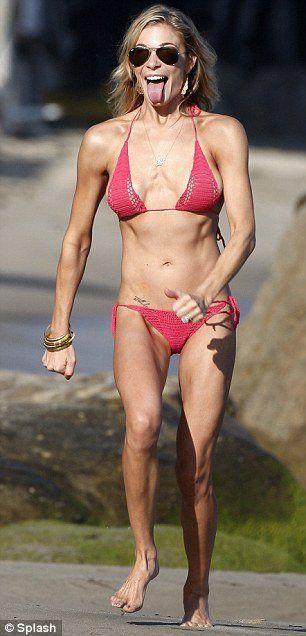 SHANA: Skinny mature woman