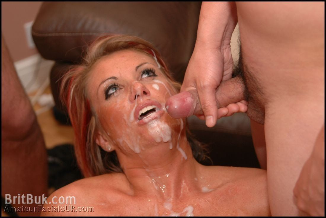 Milf gets a sperm bath
