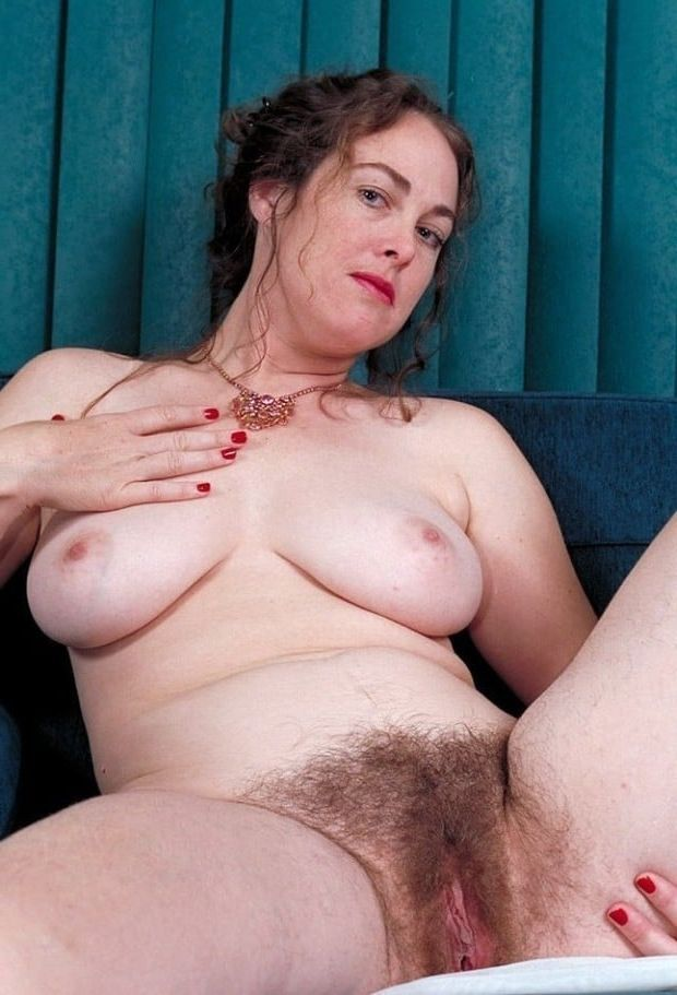 Older women with huge tits and a large pussey