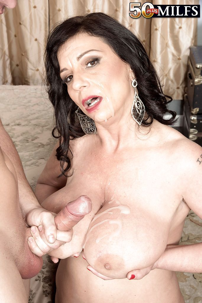 Free video mature sex