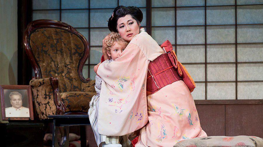 Petal reccomend Lesbian in kimono