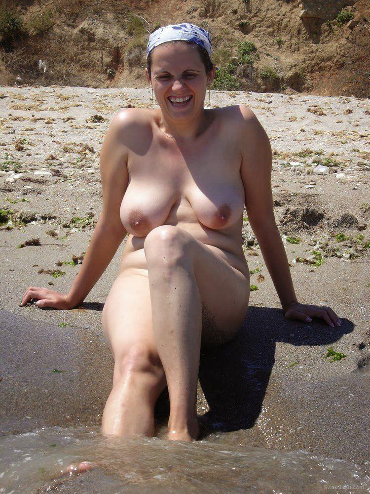 Curiously Sunbath nude 34b wife opinion you