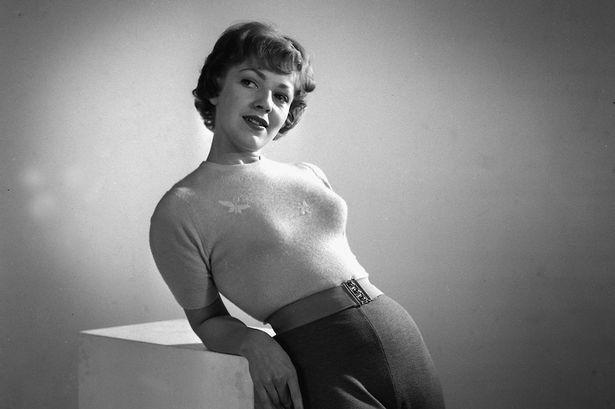 agree, very good sexy slut fucks double dildo after spanking assured it