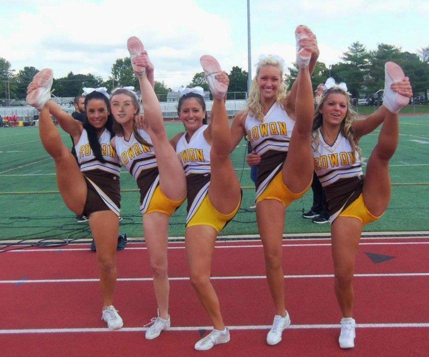 Cheerleader upskirt video clios