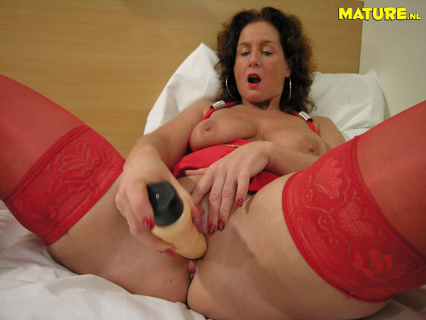 Mature fucked with dildo