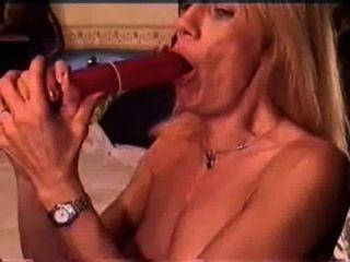 Red S. reccomend Deepthroat queene tube