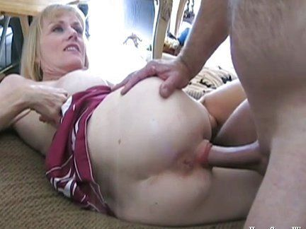 Free videosof housewives fucking