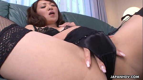Frustrated wife masturbates in bed