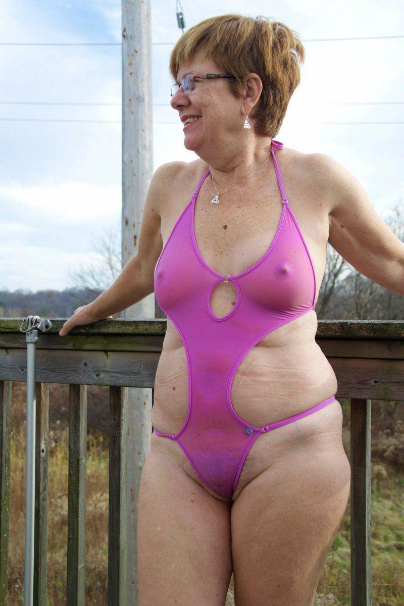 Bikinis porn in grannies