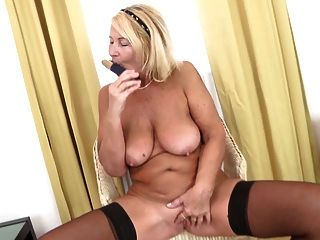 Batter reccomend Granny that needs fucked