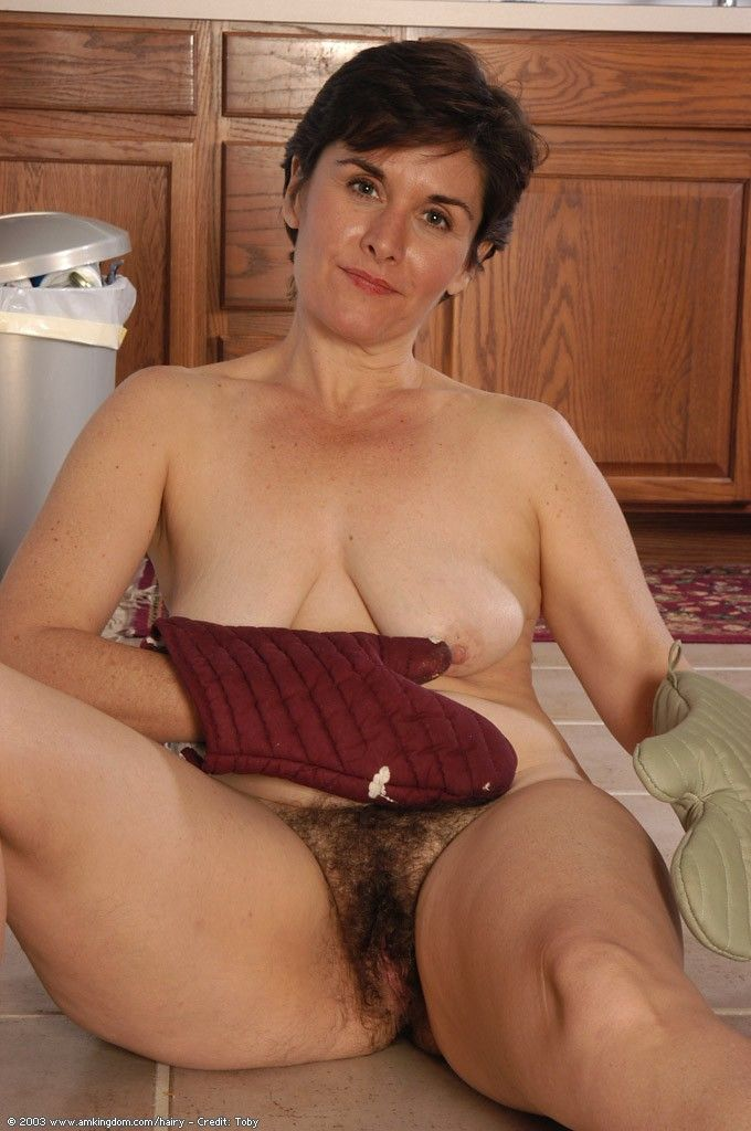 Hairy mature sex clips