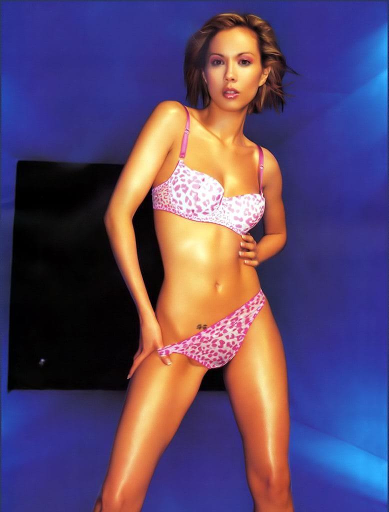 Tinker reccomend Lexa doig bikini