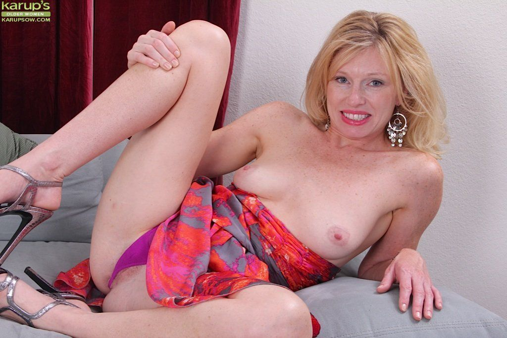 Mature legs wide open gallery something