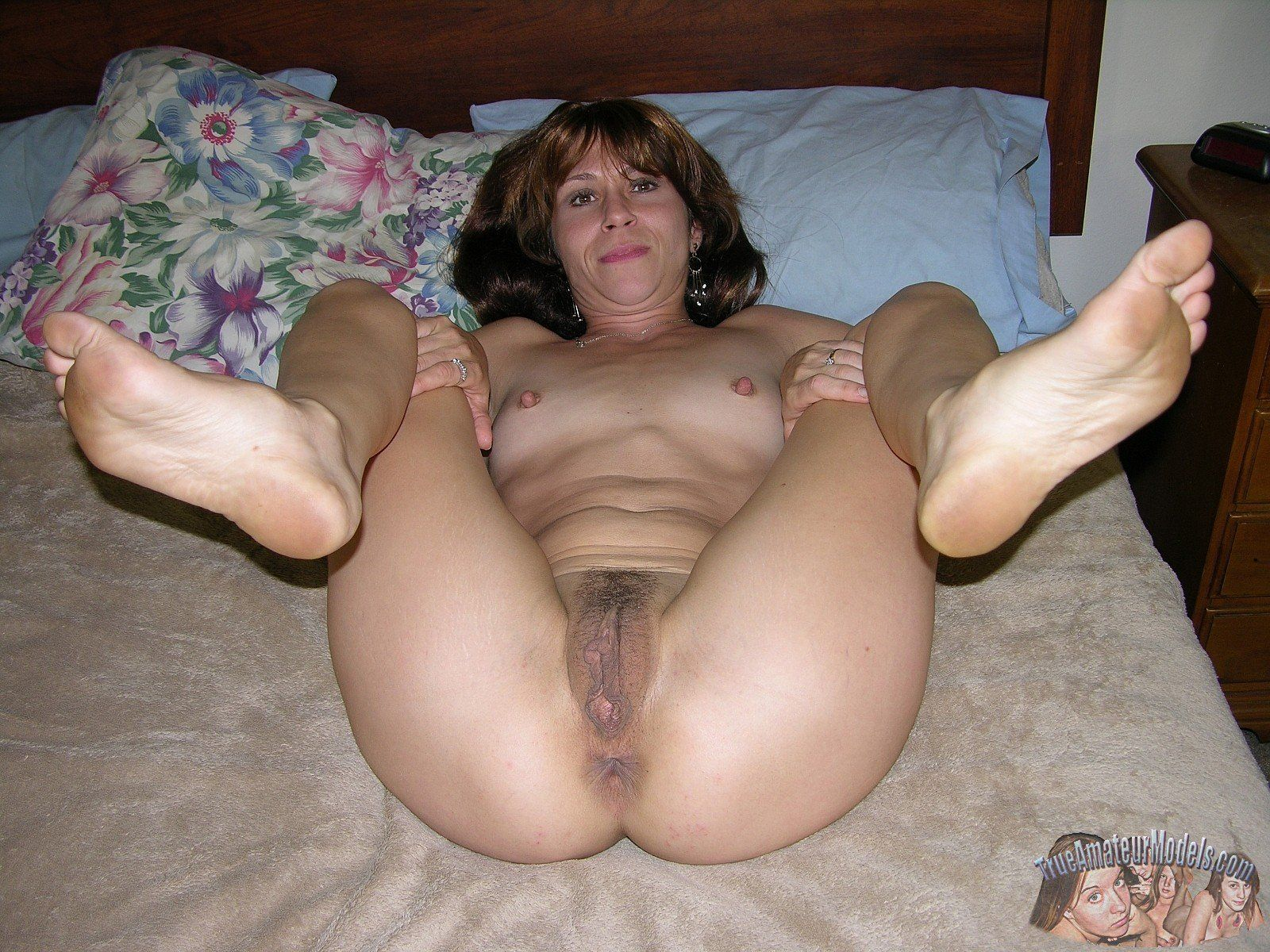 Amateur self nude
