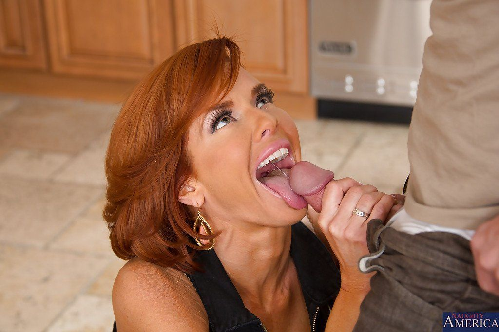 Milf blowjob movie gallery
