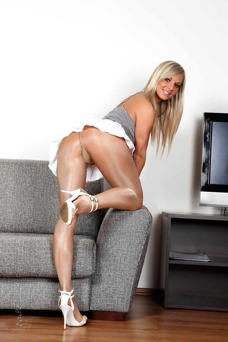 Worldest sexiest pantyhose