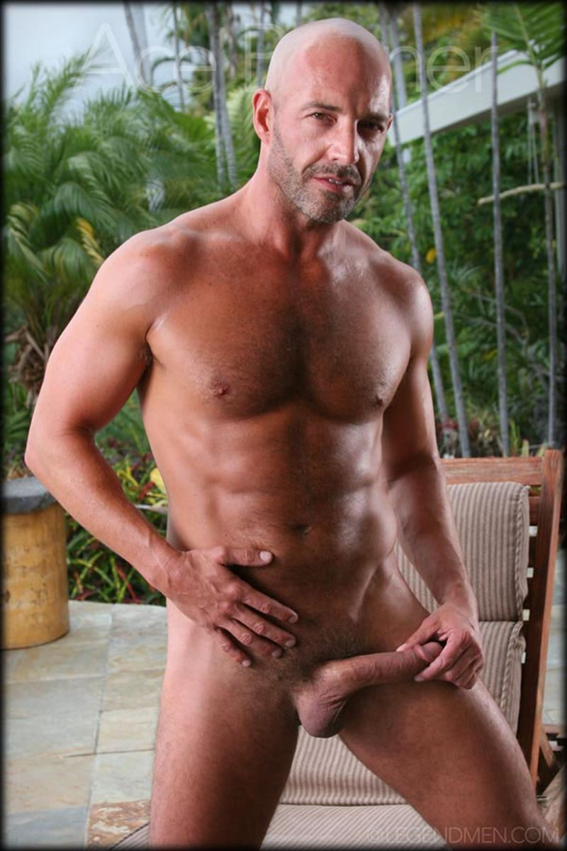 Princess reccomend Shaved naked musclemen