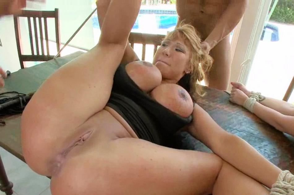Gwen garci tits