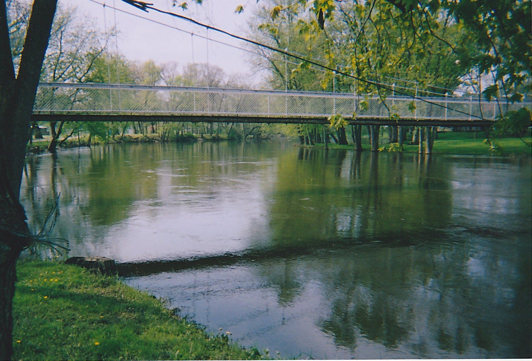Jungle M. reccomend Swinging bridge winamac