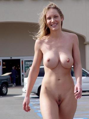 My nude aunty pic