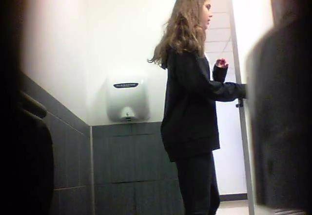 Asian toilet peeping hidden camera shitting quality porn